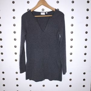 Anthropologie Ett Twa Ribbed Tunic V Neck Sweater